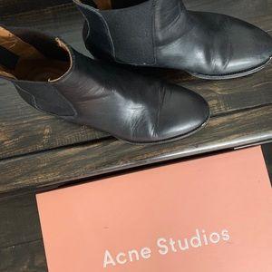 Acne Studios- Bess Chelsea booties